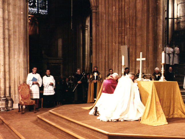 pope-john-paul-ii-joint-service-canterbury-cathedral-1982_large