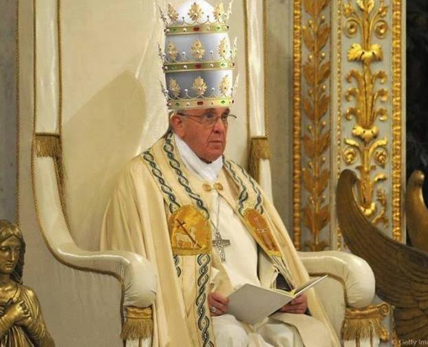 Pope Of Surprises Goes Traditional For Urbi Et Orbi